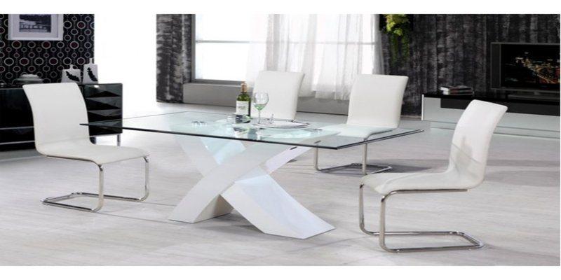tavolo-in-vetro-cucina-stile
