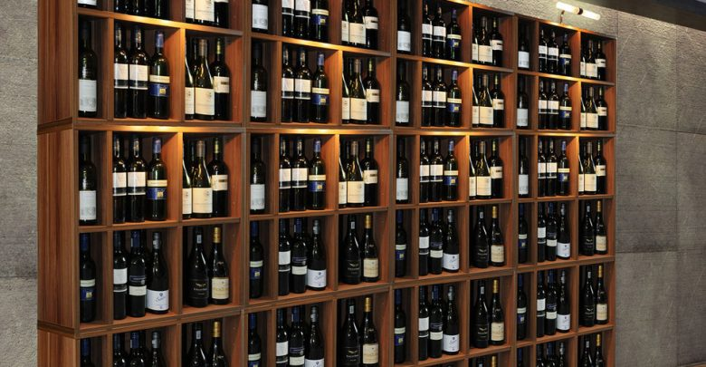 Scaffale Portabottiglie Vino e Porta Bicchieri